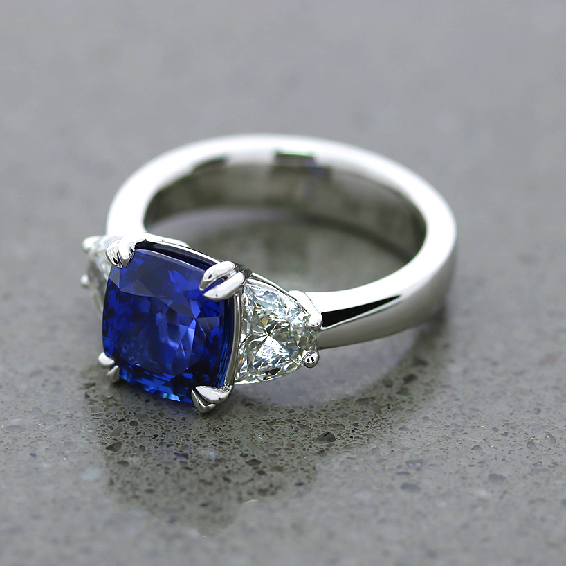 Finished sapphire ring